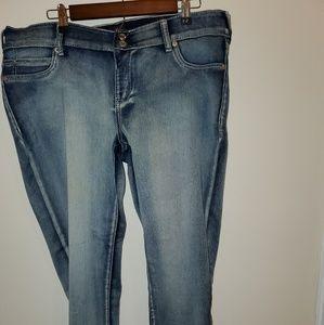 Ariya🎄 skinny🎁 jeans